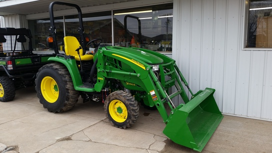 Nearest Used Tire Shop >> 2014 John Deere 3046R - Grossenburg Implement